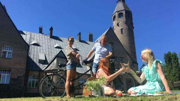 Wagenküll's Summer Romance
